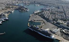 Piraeus Port Authority Docks Operate At Full Capacity