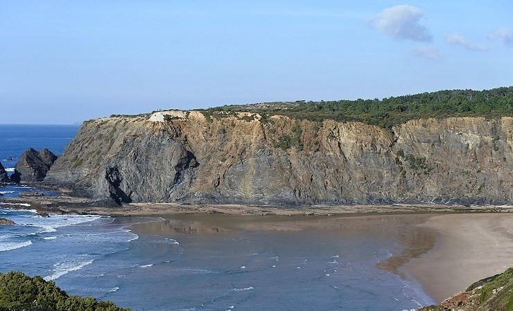 5 Secret Beaches in The Algarve