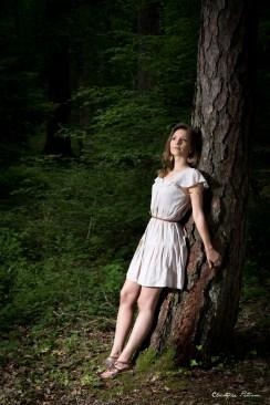 Portrait_maryline_aupres_de_mon_arbre