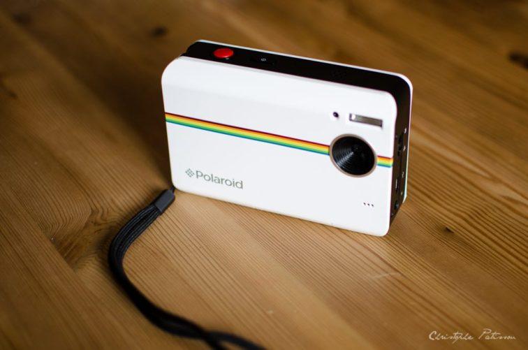 Z2300_polaroid