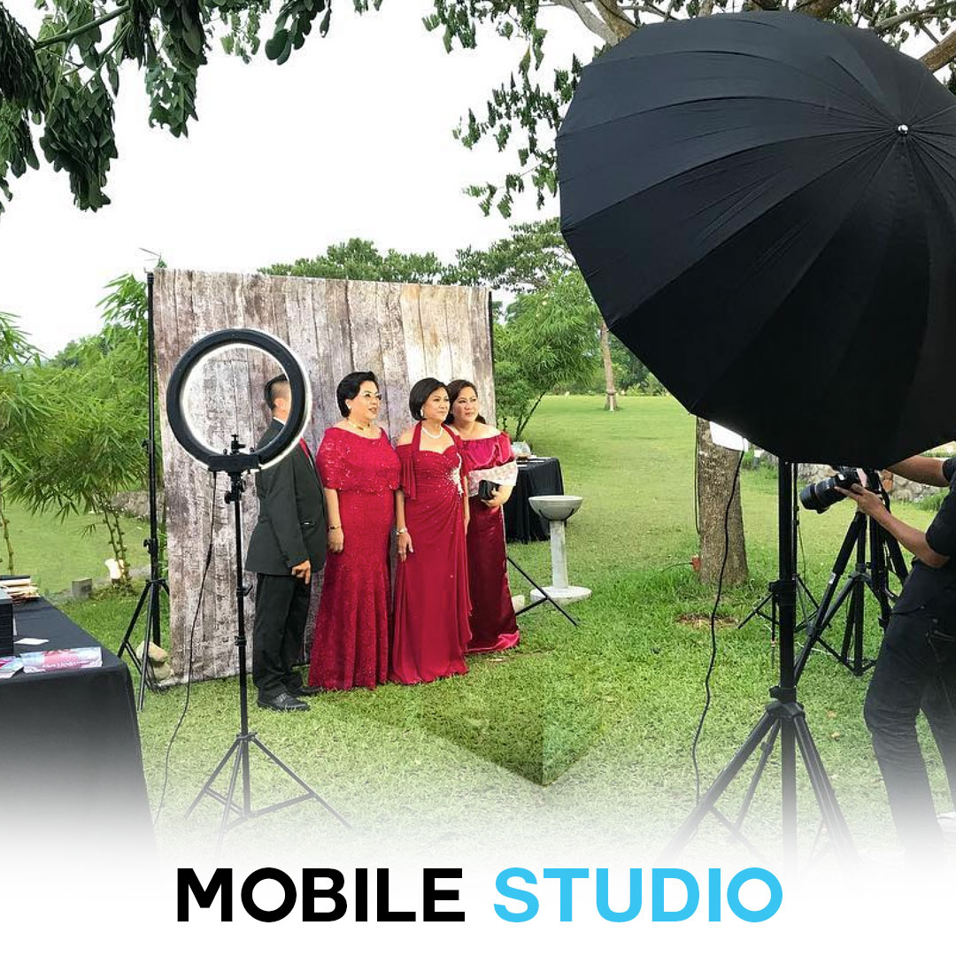Pose And Print Photo Booth Philippines | Photobooth Rental