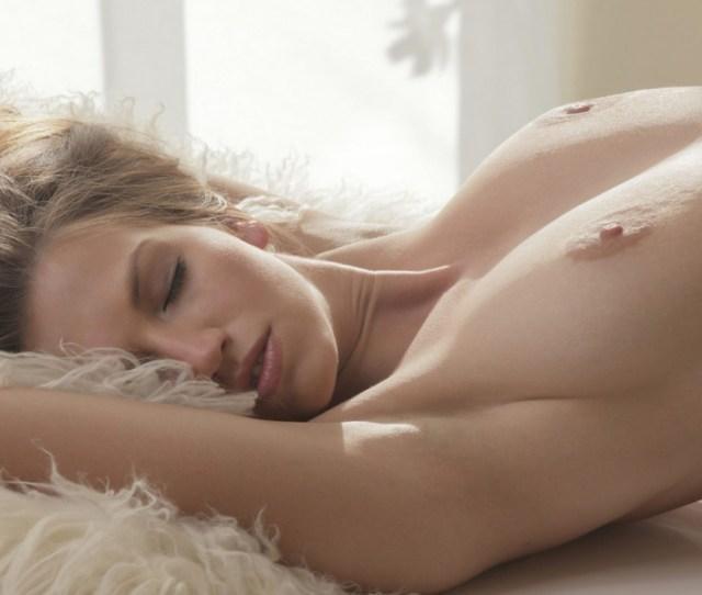 Sexy Fully Naked Girls Masturbating