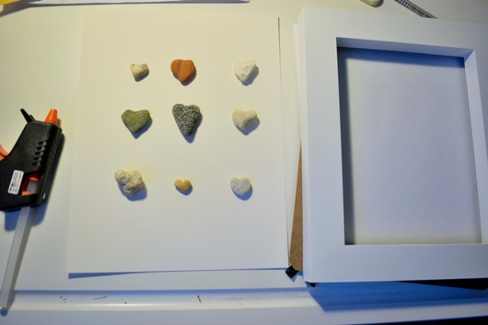 how to make framed pebbles