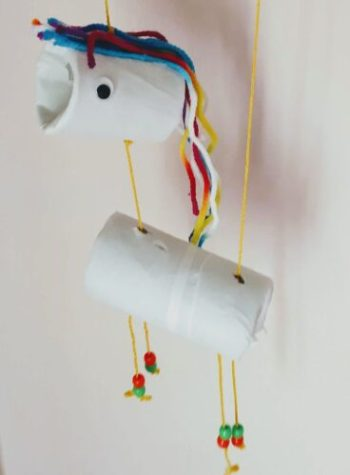 little toilet paper rolls unicorn marionette
