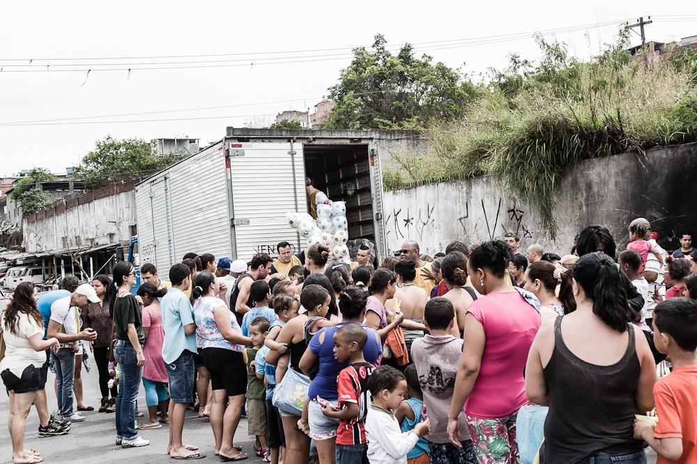 1_day_inside_favelas03