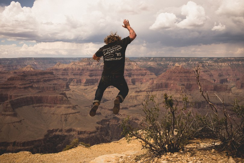 jump_the_canyon