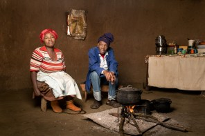 Nanabezi Mgoduswa with his wife Nokwanda - Mr Mgoduswa is 48 years old and worked in the gold mines for 21 years. He has silicosis and drug resistant TB. He received no compensation.
