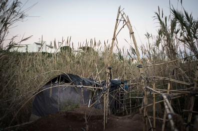 This is the shelter that has been build by Abdelatif (37). In this hut is where the boys spend most of their time. They usually sit, talk, and if they are lucky, smoke the cigarettes and kifi (the leaves of the marihuana) that they could found.