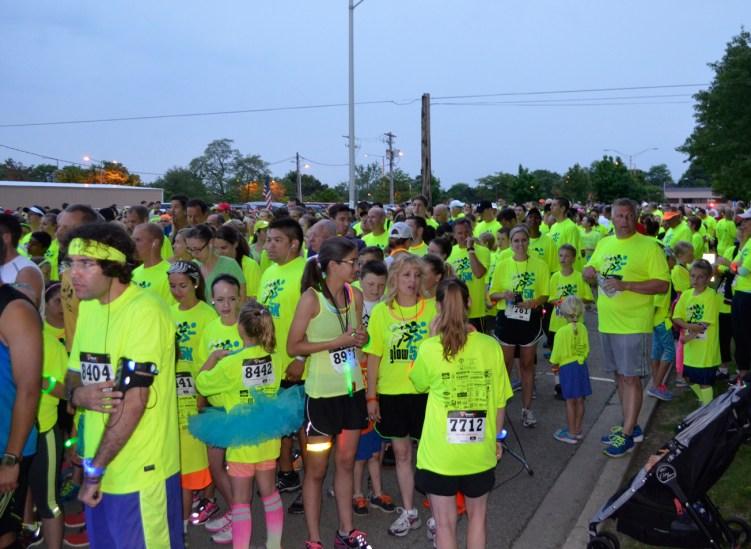 glow-runners