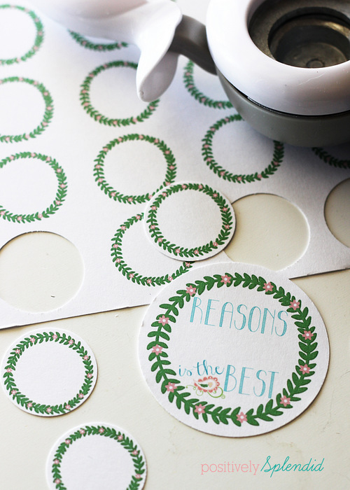 Free printable Mothers' Day gift tags