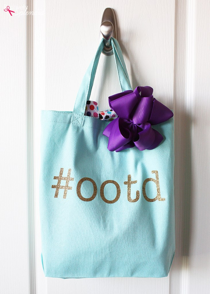 Outfit of the Day Tote Idea from Positively Splendid #momwins