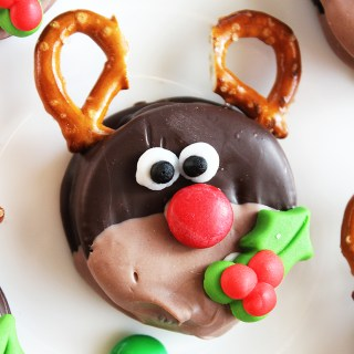 Santa Oreos Darling Christmas Treat Idea For Kids
