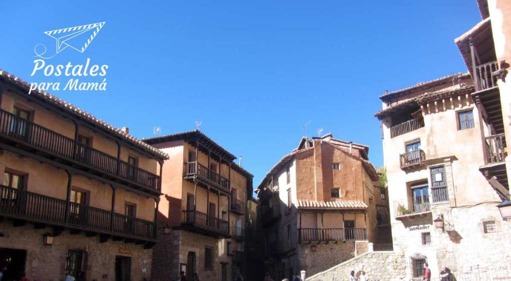 Albarracín Plaza Mayor - Postales para Mamá