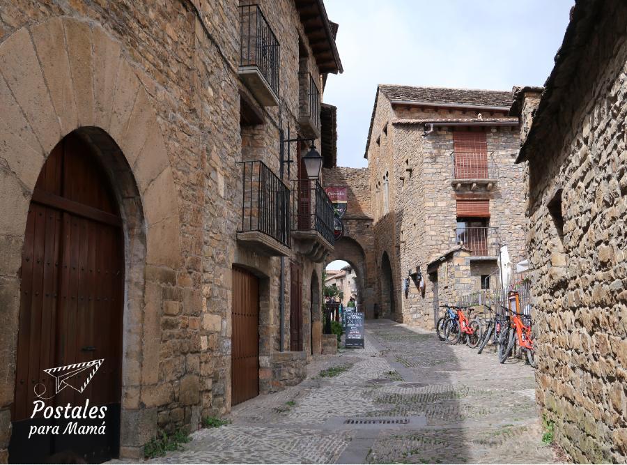 Calle Mayor Aínsa - Postales para Mamá