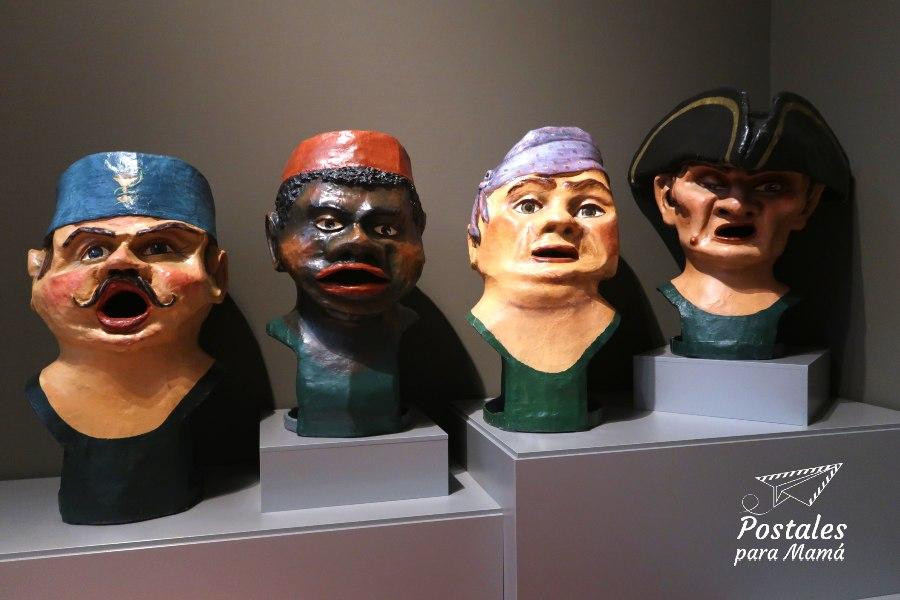 Cabezudos Museo Juego- Postales para Mamá