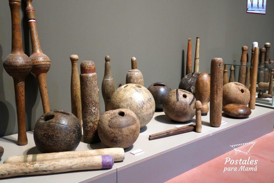 Museo Juego Bolos - Postales para Mamá