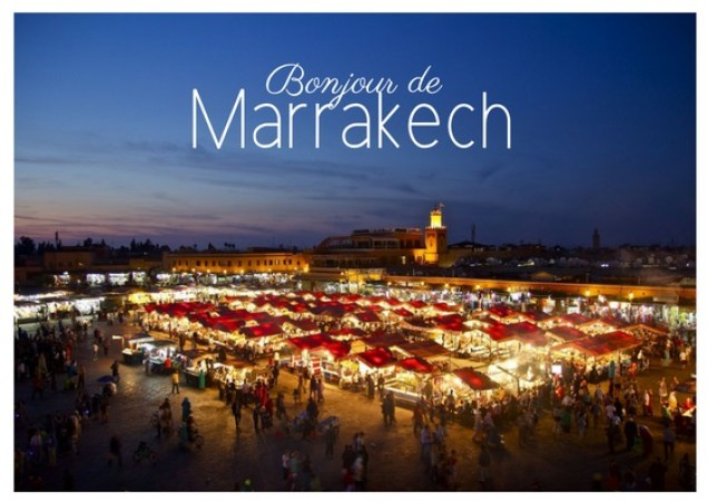 Image of the Jemaa el Fna at night with the text Bonjour de Marrakech