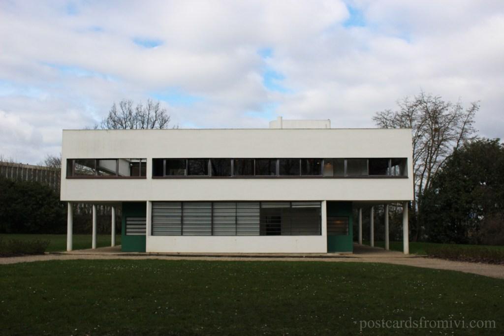 Visiting Villa Savoye from Paris