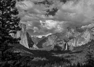 Yosemite Valley - Tunnel View'