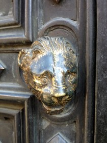 I loved this lion's head depicted on the Baptistry doors