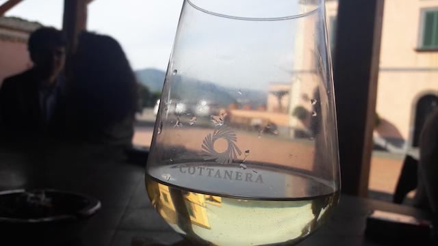 Tasting at Cottanera (Photo: Simona Ferro)