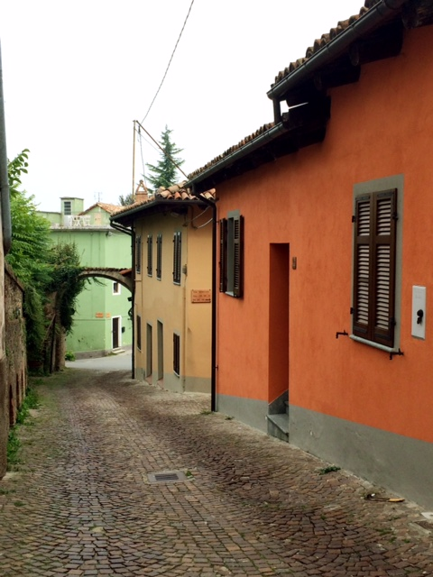 Visit a Pretty Hilltown in Piedmont (Photo: Penny Sadler)