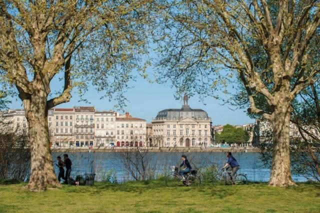 Uniworld - Bordeaux Tourisime