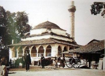 Καφενείον το Τζαμί: Ένα ιστορικό τοπόσημο στην Καλούτσιανη Ιωαννίνων