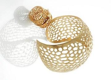 Τα διαχρονικά κοσμήματα της Τάνιας Δρακίδου
