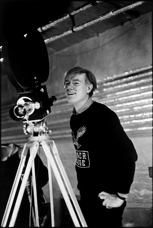 USA. New York. NYC. Andy Warhol at the Silver Factory with his first sophisticated anchored camera. 1964.