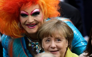 Olivia Jones: Μία drag queen που θέλει να γίνει πρόεδρος της Γερμανίας