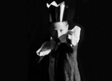 """Αλαζονεία: Το βαρύτερο """"θανάσιμο αμάρτημα"""" από 36 Έλληνες φωτογράφους στο Vault"""