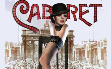 Ο Σωτήρης Χατζάκης σκηνοθετεί Cabaret και αδιαφορεί για όσους τον περιμένουν στη γωνία