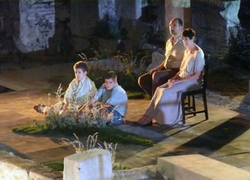 """Μια """"χειροποίητη"""" Αντιγόνη από τον Κωνσταντίνο Ντέλλα στο Μικρό Θέατρο Επιδαύρου"""