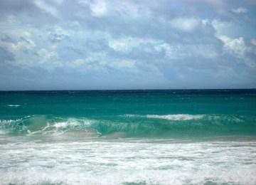 Τα κύματα που έρχονται