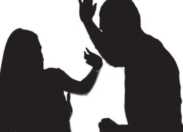 Πόσες ακόμα ματωμένες γιορτές για τις γυναίκες θύματα βίας;