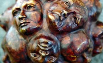 Ο συλλογικός αγώνας για την αντιμετώπιση της επιδημίας: η κρίση, η συνειδητοποίηση και η υιοθέτηση νέων συμπεριφορών