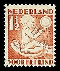 NVPH 232 - Kinderzegel 1930 - lente jong kind
