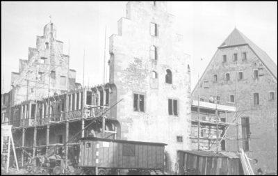 Goldschmiedehaus zerstört