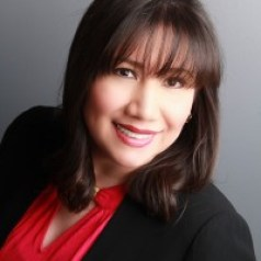 Jeymy Gonzalez Latina en real estate con Felix Montelara en Potencial Millonario Podcast y Blog hablando bienes raíces Real estate Keeping Current Matters