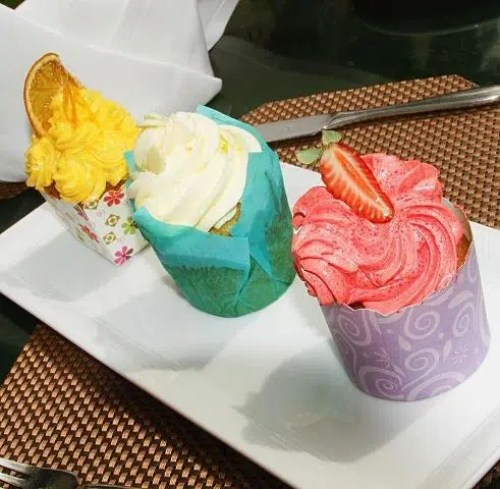 Assorted Cup cakes sarova 1