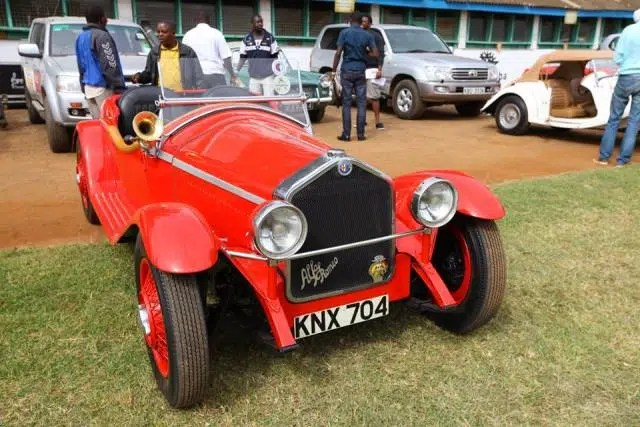 Check out this Alfa Romeo. Beautiful car. Image credit - CBA Concours https://www.facebook.com/timeformore/photos/pcb.926835684038314/926835384038344/?type=3&theater