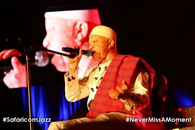 Salif Keita performing. Photo Credit Safaricom https://www.facebook.com/SafaricomLtd/photos/pcb.1149302785083070/10156014706905084/?type=1&theater