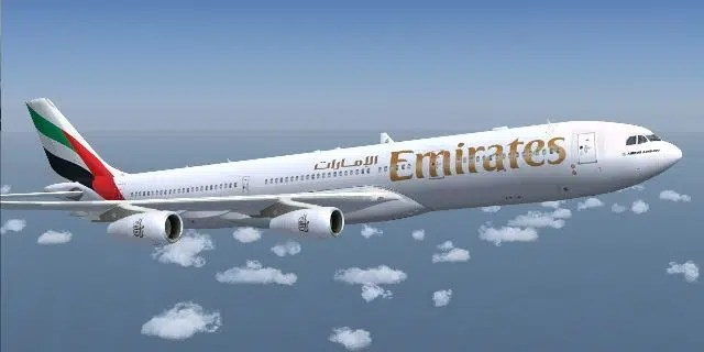 Emirates Airlines. Image from http://flightbooking.hpage.co.in/emirates-flight-status_90181867.html