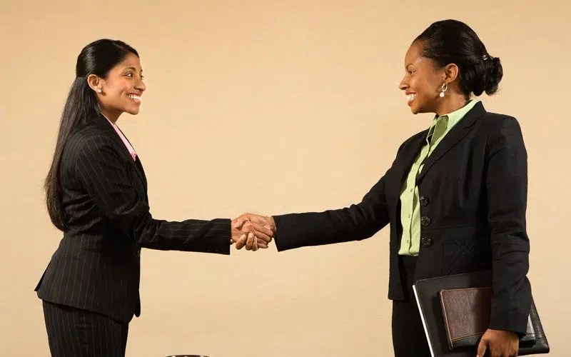 Going For A Job Interview? Here Are 7 Fashion Fails To Avoid