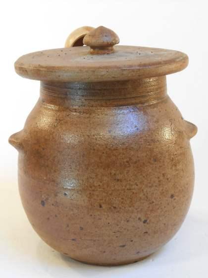 Pot à olives marron