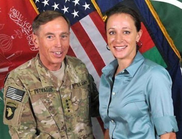 Petraeus: Le scandale!