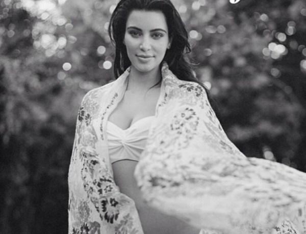 Kim Kardashian : Elle prend la pose au naturel !