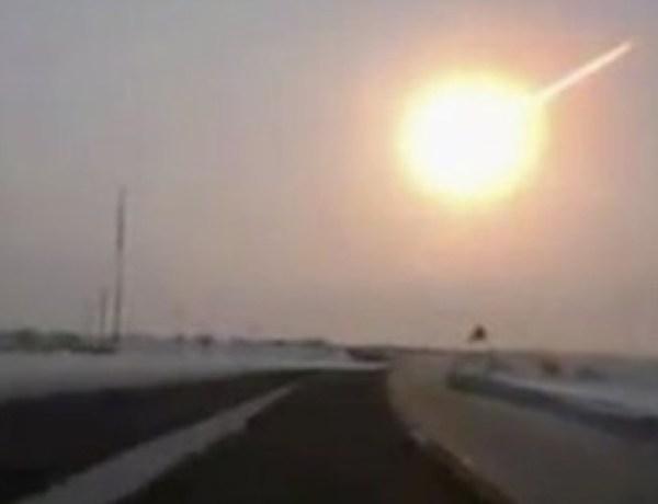 Pourquoi tant de voitures ont filmé les météorites en Russie ?