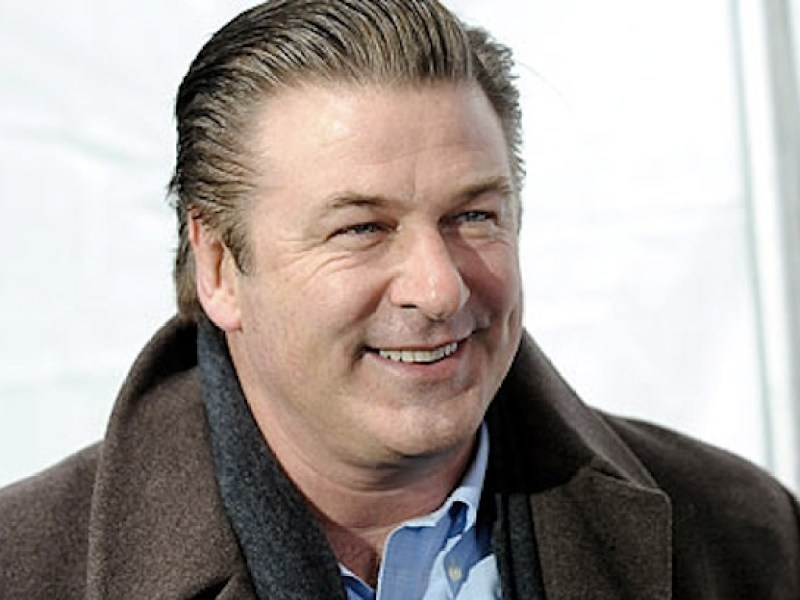 alec baldwin porte plainte pour harc lement. Black Bedroom Furniture Sets. Home Design Ideas